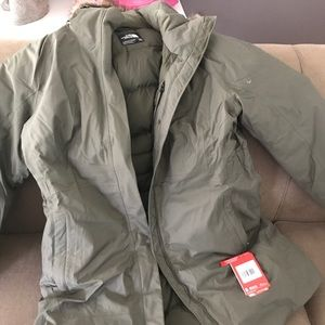North face coat. Brand new